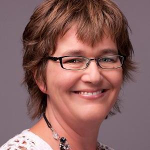 Denise de Jong van Lier